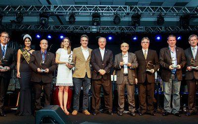 Prêmio FENACLUBES revela vencedores no próximo Congresso Brasileiro de Clubes